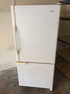 Refrigerator (Slinger)