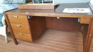 Desk (Marysville)