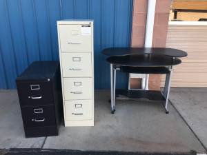Free Desk and File Cabinets (Santa Clara)
