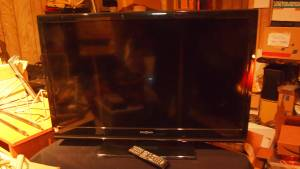 Large Flat Screen TV w/Remote (Lancaster)