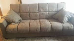 Fold out couch (Eugene)