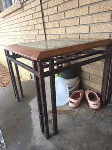 Coffee table/without glass & matching end table (Moro)