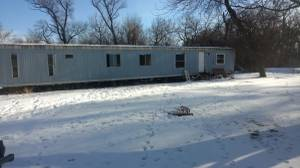 Trailer house free!!!!!! You move you can have it!!! (Flandreau)