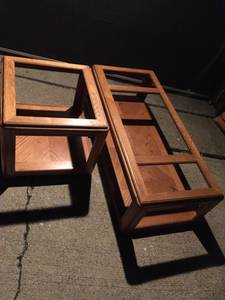 Free pick up today coffee and end table missing glass (Monroeville)