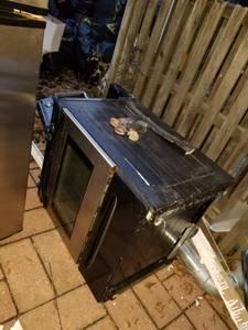 Free Frigedare stove=