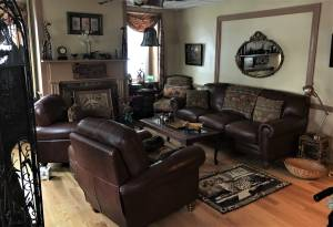 Estate sale in Collegeville, Pa (Selling all contents) of house + Barn