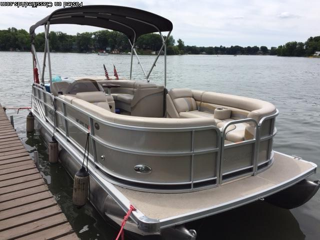 2013 South Bay 23ft 7in Pontoon
