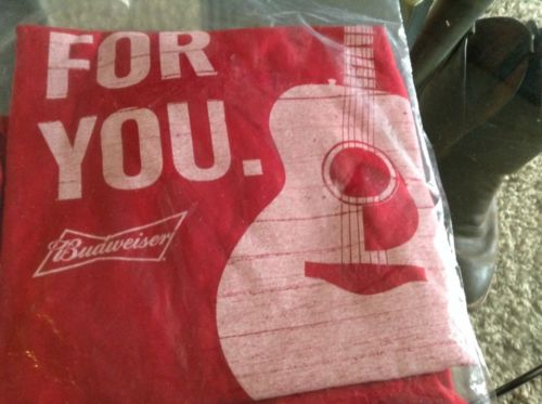 BUDWEISER This Bud's for You T-Shirt HANES 100% Cotton Size Large-NEW!!