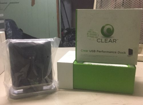 Clear USB Performance Dock PXU1910 **BRAND NEW**