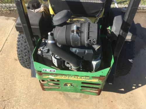 John Deere 727A Zero Turn Mower