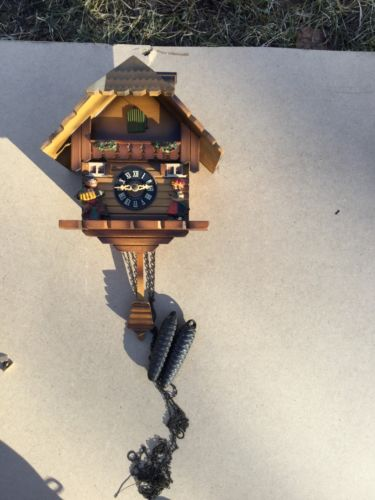 GERMAN FOREST HARDWOOD ANTIQUE LARGE  HUNTERS  CUCKOO CLOCK!