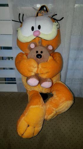 garfield plush cute stuffed animal holding small teddy bear adorable smoke free