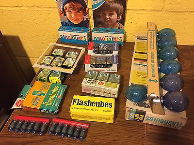 Lot of Vintage Flash Cubes & Flashbulbs Magicubes
