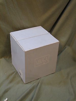 8 Mikasa Stephanie Crystal Wine Glasses- with box