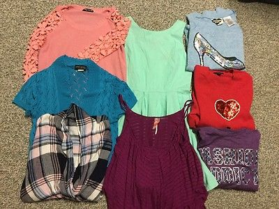 Mixed Lot of juniors clothing