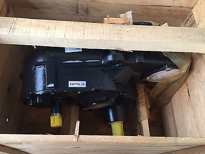 Brand New Case New Holland GearBox Part # 84320047