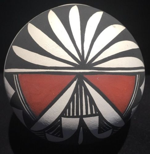 Navajo Native American Pot Painted Pottery~ Signed