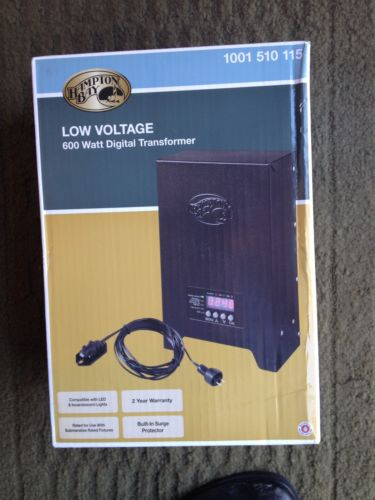 600W Low Voltage Lighting Transformer  (Slightly damaged box) Hampton Bay