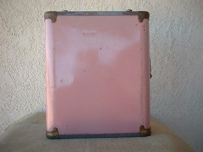 Vintage 1950's Pink Roller Skate Carrying Case With Key~Gas Can Style~No. 25 ?