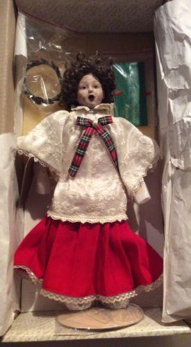 Franklin Mint Heirloom Christmas Doll Little Choir Girl