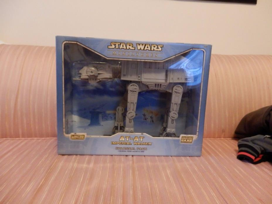 Star Wars Colossal Pack AT-AT Imperial Walker for minatures  MISB