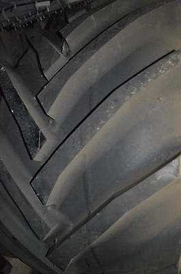 750/50-30.5 TIRE (COSMETIC BLEMISHED) 146A8 TRACTOR
