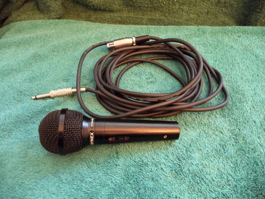 Dynex  Uni-Directional Dynamic Microphone DX-MI101 with cable.