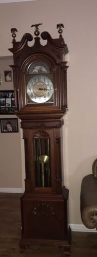 ESTATE KUEMPLE MAHOGANY SHERATON STYLE GRANDFATHER CLOCK 1956 W/ BRASS EAGLES