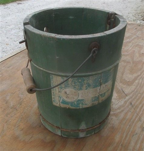 Ice Cream Freezer Bucket Green Wooden Planter Vintage Flower Pot yard Ornament