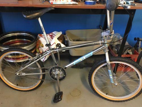 1989 Gt Mach One Old School Bmx Bike!!! Rare Vintage!!!