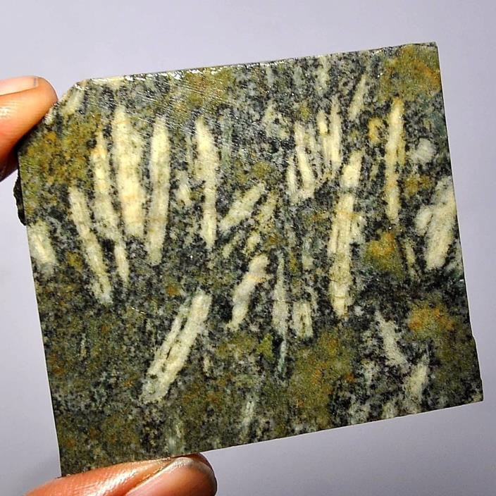 187.10 carats 100%Natural green rice Agate facet rough From Africa A01