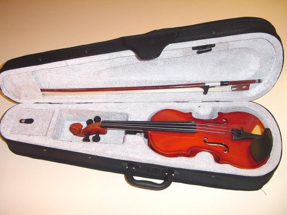 NEW 1/4 size VIOLIN WITH BOW AND CASE NATURAL