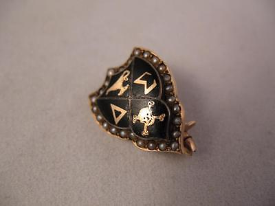 10k Gold Delta Sigma Fraternity/Sorority Pin