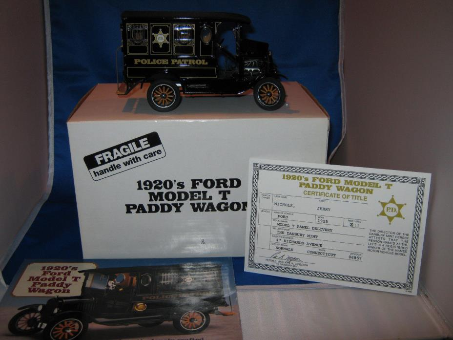 Danbury Mint 1920's Ford Model T Police Paddy Wagon 1:24 With brochure and title