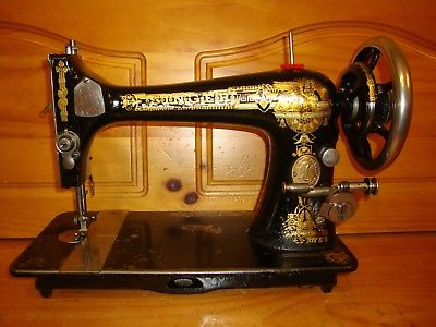 1903  ANTIQUE SINGER SEWING MACHINE MODEL 27  SERVICED