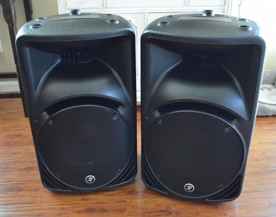 (2) Mackie SRM450 V2 Active Powered Loud Speakers Good Shape