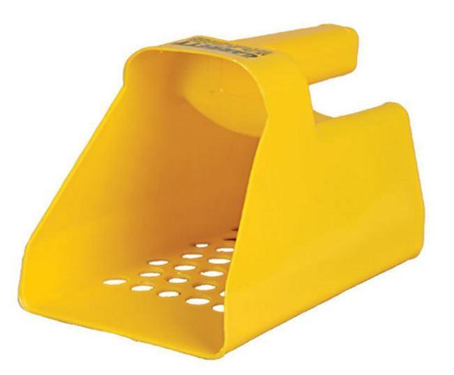New Garrett Plastic Sand Scoop 1600971