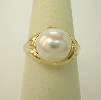 New 14K yellow gold and 9.5 mm. cultured pearl ring
