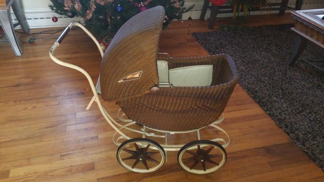 Antique 1917-20 Lloyd Loom Victorian wicker metal convertible baby tram carriage