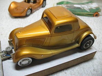1/24 SCALE VINTAGE 1932 FORD DUECE COUPE CUSTOM DRAG GOLD SLOT CAR-NICE