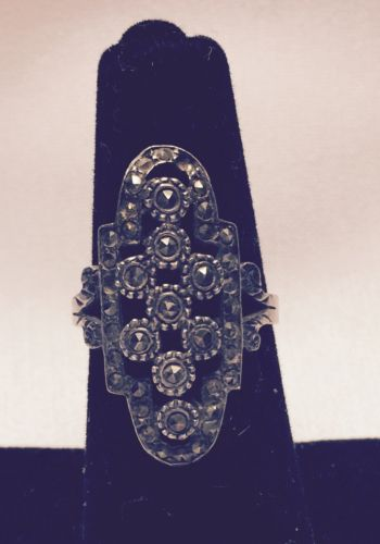 Beautiful Vintage Marcasite Sterling Silver Ring Size 8. 4.5g