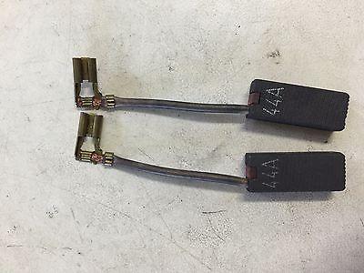 327148-02 Dewalt/Black and Decker Brush Set