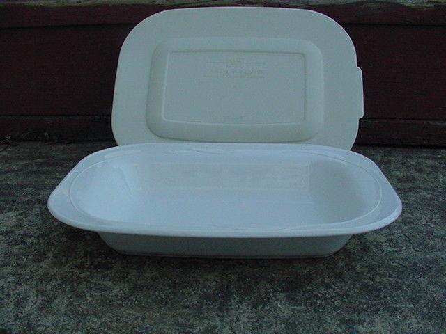 Corning L-13 Casual Elegance-White Flora Baking Dish w/Plastic Lid NICE