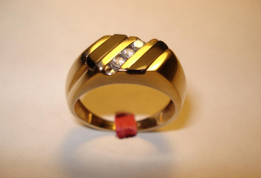 14k Yellow Gold Mens Diamond & Onyx Inlay Signet Ring 14kt Sz 9, Return accepted