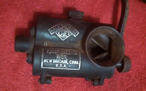 ANTIQUE / VINTAGE RUSSEL ERWIN TOBACCO / MEAT GRINDER CUTTER OLD TOOL