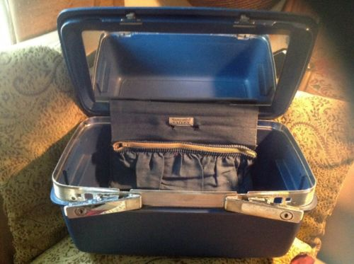 Vintage  Samsonite Saturn Blue Train Case NO Key/ NO Tray