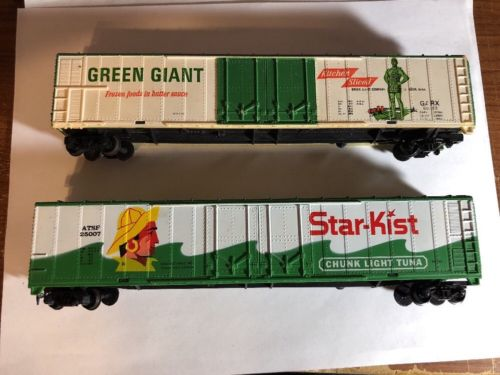 Ho Scale Green Giant & Star-Kist Train Box Cars