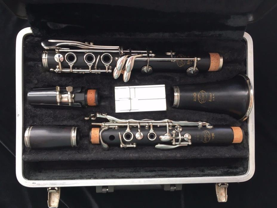 Clarinet Signet 100, new pads and corks, free shipping, pro adjusted