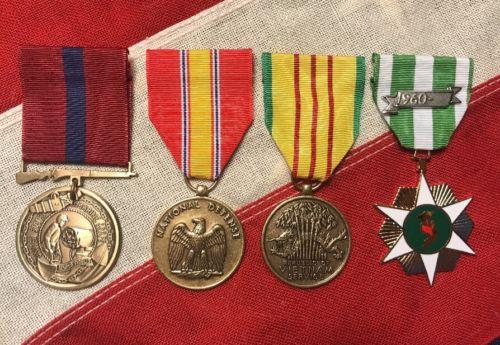 MARINE CORPS VIETNAM MEDALS: DEFENSE, SERVICE, CAMPAIGN, GOOD CONDUCT - USMC FRB