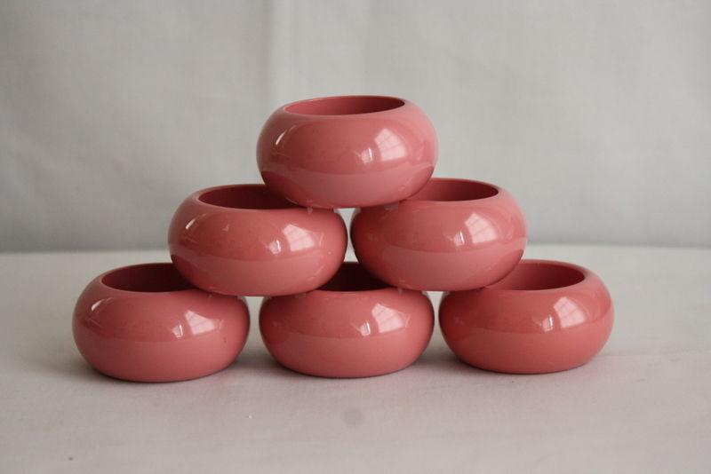 Modern Art Deco Vintage Pink Hard Plastic Round Napkin Rings Lot of 6